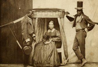 Slavery Slaves transport their owner in Bahia - 1860 - Marc Ferrez - Instituto Moreira Salles