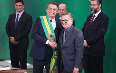 education minister ricardo velez-rodriguez ernesto araujo 'Moral overdose' hampers Bolsonaro political strength