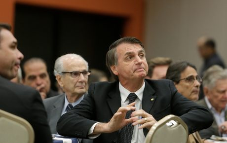 Opinion poll sends severe warning signs to Bolsonaro government