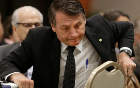 crisis bolsonaro A government on the road to collapse brazil