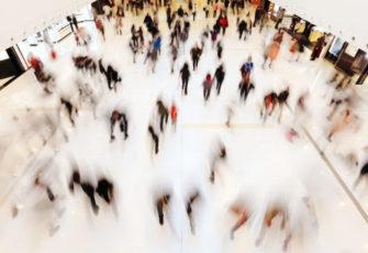 malls vs. e-commerce