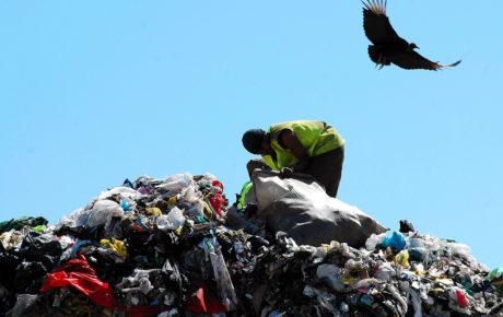 Rio de Janeiro landfill exposes Brazil's recycling crisis