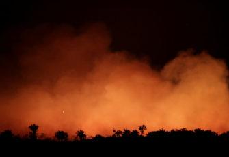 amazon fires amazonas planned on whatsapp