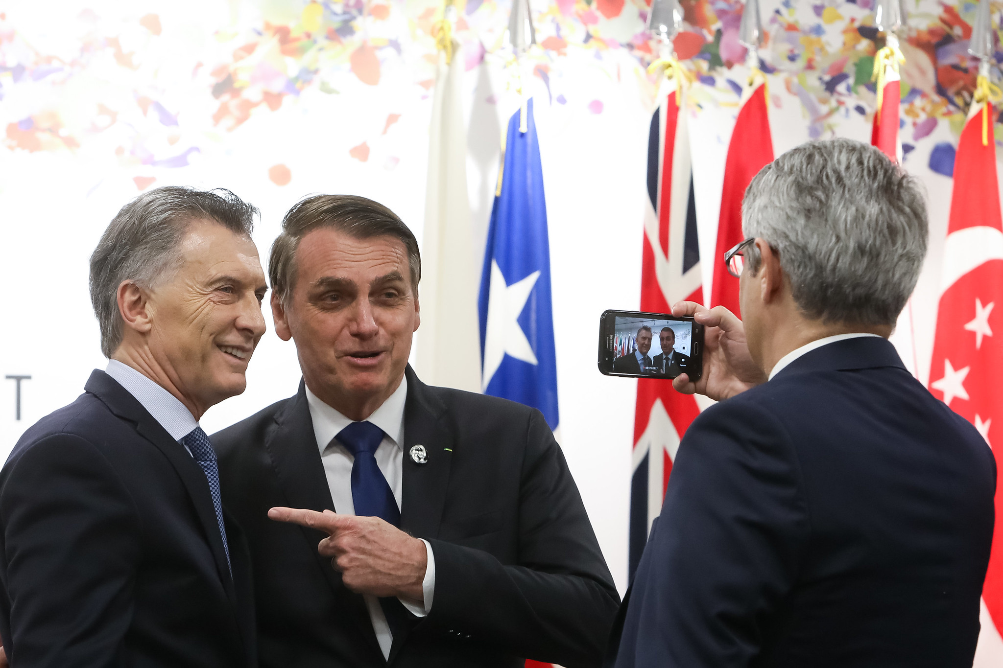 """Bolsonaro's foreign policy is """"amateur and improvised,"""" says diplomat"""
