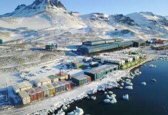 antarctica base brazil