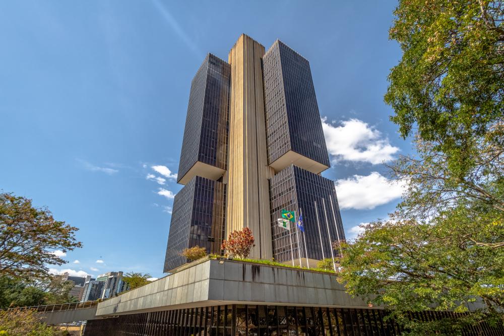 Brazil Central Bank building deficit