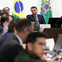 court Jair Bolsonaro during a conference call with governors. Photo: Marcos Corrêa/PR