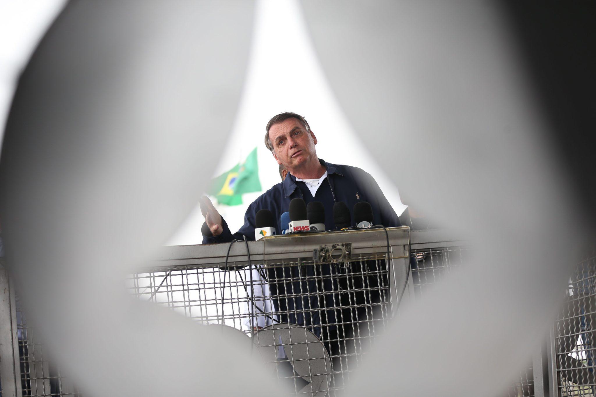 President Jair Bolsonaro political quarantine