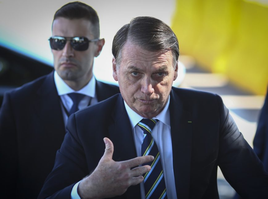 Bolsonaro wants isolation only for over 60s in Brazil