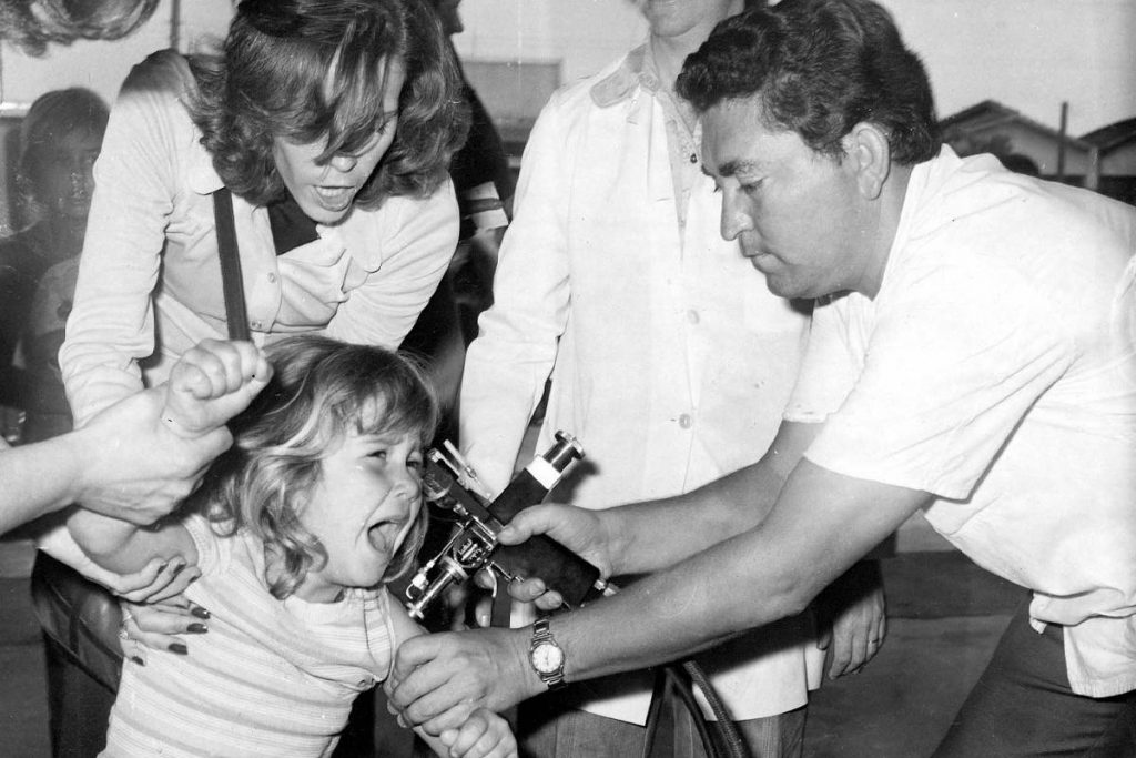 Campanha de vacinação 1974. Foto: Arquivos Nacionais