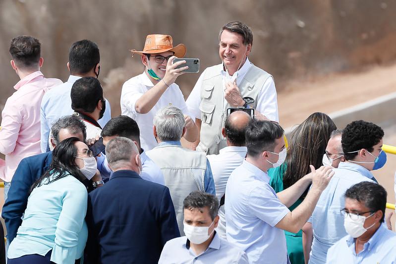 Bolsonaro definitivamente não impeachment