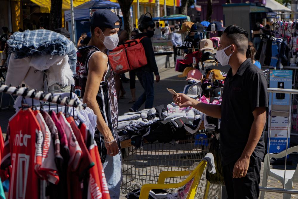 O desemprego por si só não explica a verdadeira extensão da crise. Foto: Roberto Herrera Peres / Shutterstock